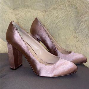 Nine West champagne satin silk nude block heel